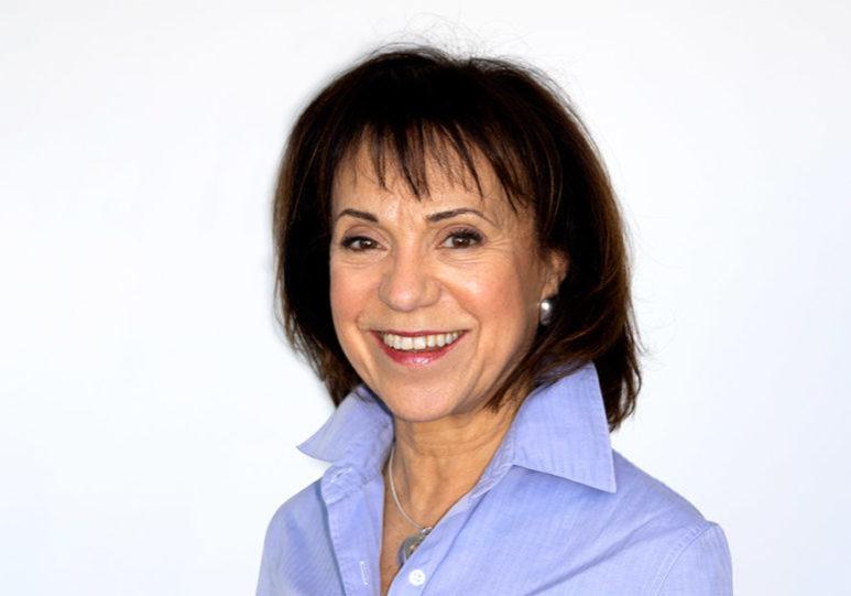 Senzie Conference 2019 - Speaker Lorraine Perretta